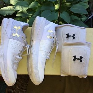 Under Armour Shoes - Volleyball shoes Under Armour and knee pads